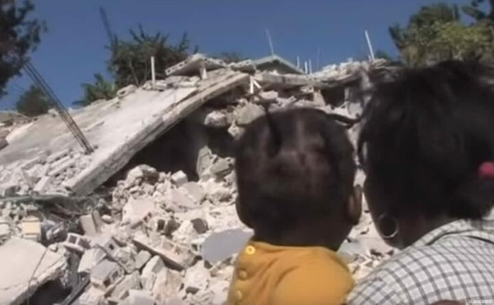 il terremoto di magnitudo 7 0 causa 230mila vittime