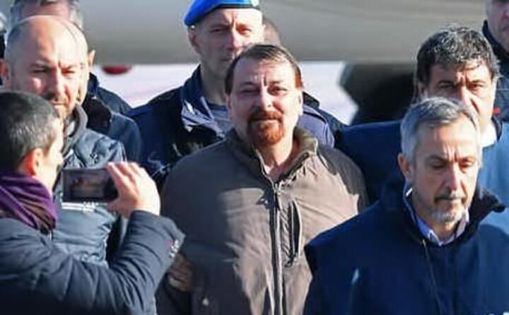 accaddeoggi 14 gennaio 2019 cesare battisti estradato in italia