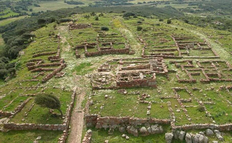 il parco archeologico di monte sirai (foto monumentiaperti)