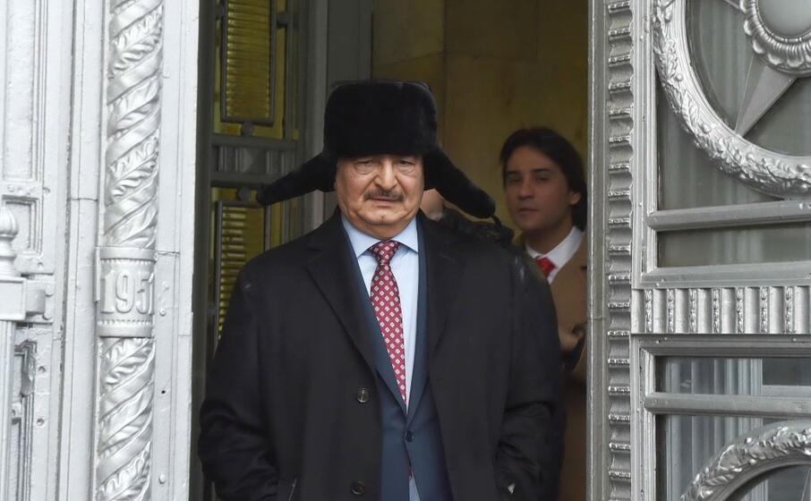 Berlino: Haftar sarebbe pronto a rispettare la tregua in Libia