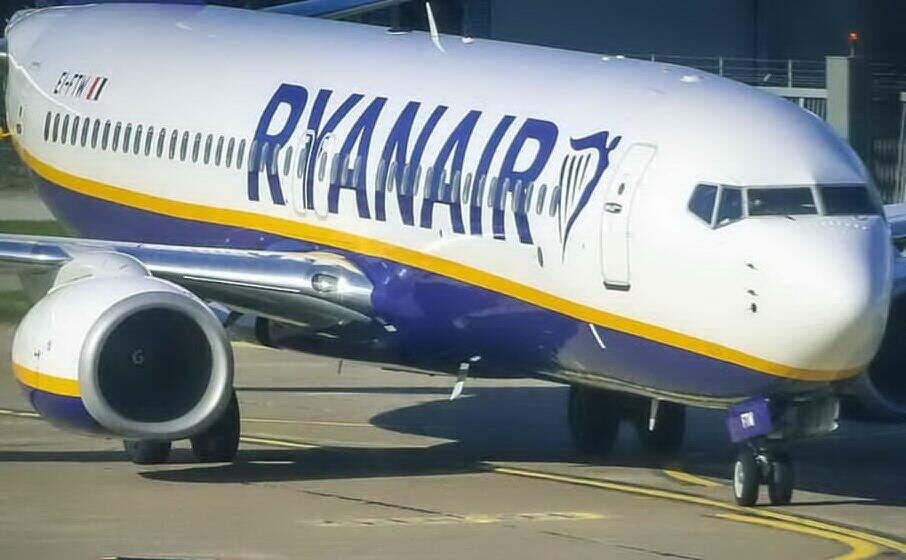 un volo ryanair (archivio l unione sarda)