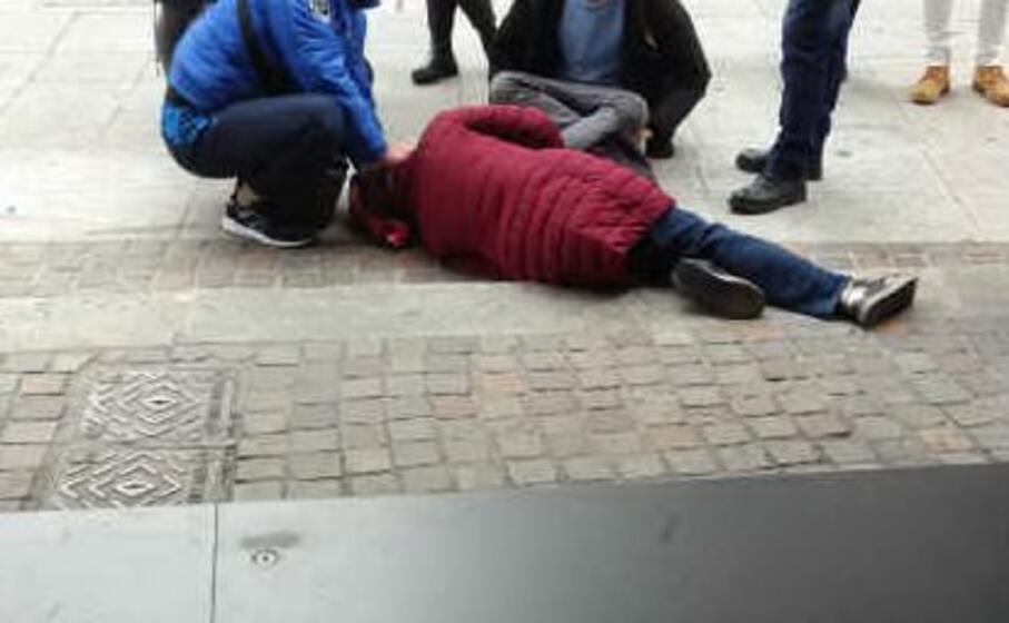 una delle vittime del marciapiede (foto inviata da mauro sini)