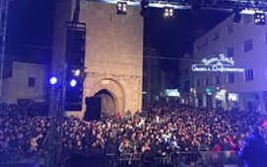 il concerto di capodanno in piazza roma (foto elia sanna)
