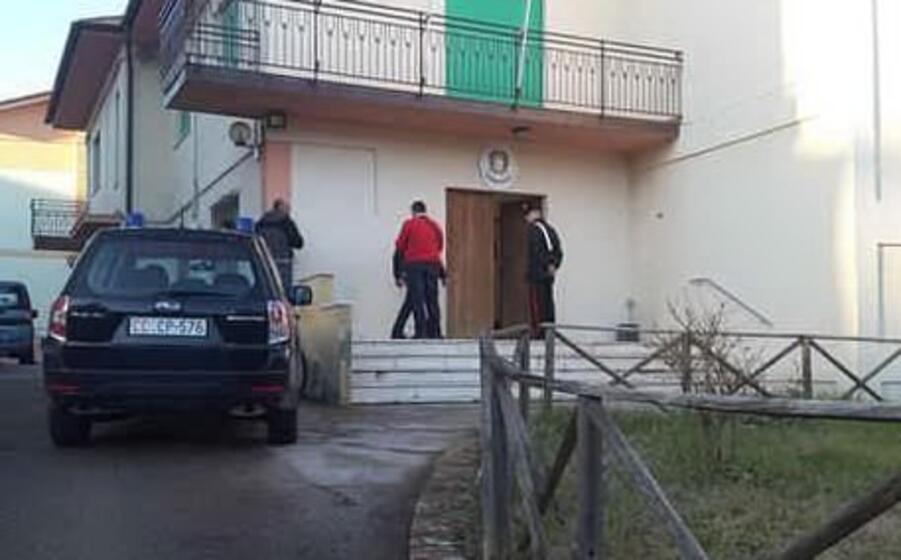 la casa davanti alla quale avvenuto l omicidio (ansa)