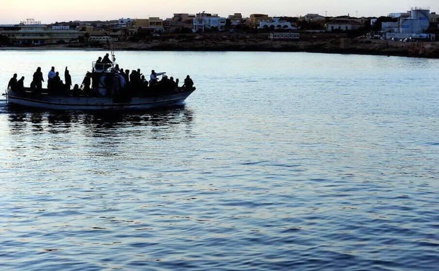 migranti (archivio l unione sarda)