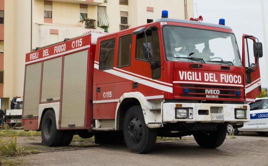vigili del fuoco (archivio l unione sarda murru)