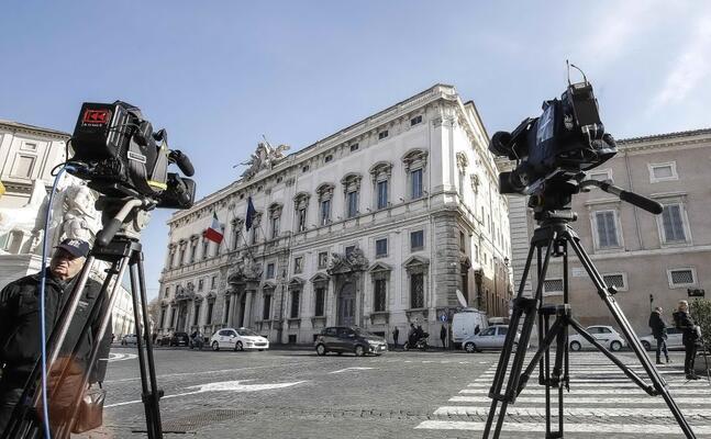 l esterno del palazzo sede della corte costizionale a roma (ansa)