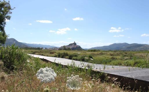 Passerella sopraelevata a Posada (foto Orunesu)
