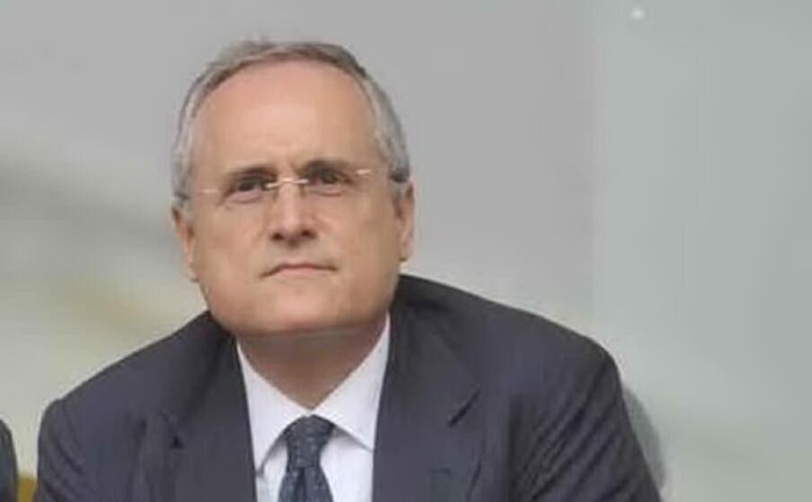 Saluto romano, Lotito chiede risarcimento di 50mila euro agli ultras laziali