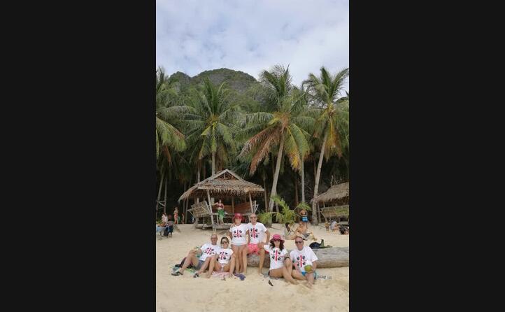 isola palawan spiaggia seven comand filippine ovunque sardi siamo questo il messaggio di alberto