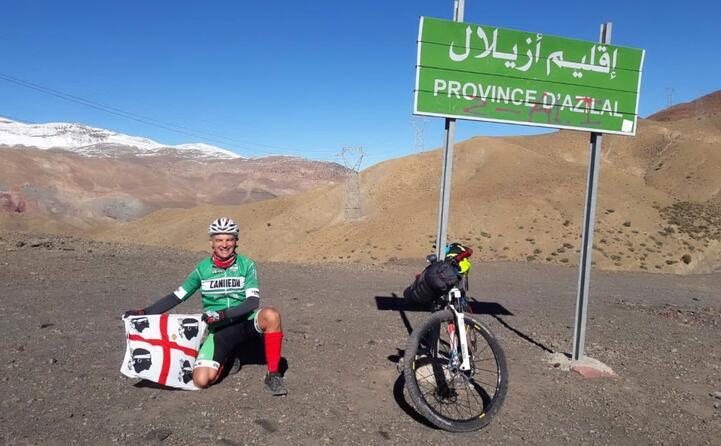mountain bike in marocco la foto di michele sassu di ittiri