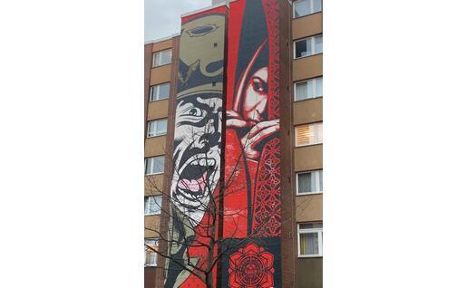 Un murale in Bülowstraße, uno dei teatri della Street Art, a Berlino (L'Unione Sarda - C. Pinna)