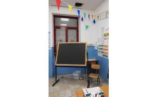 L'intonaco a terra in aula