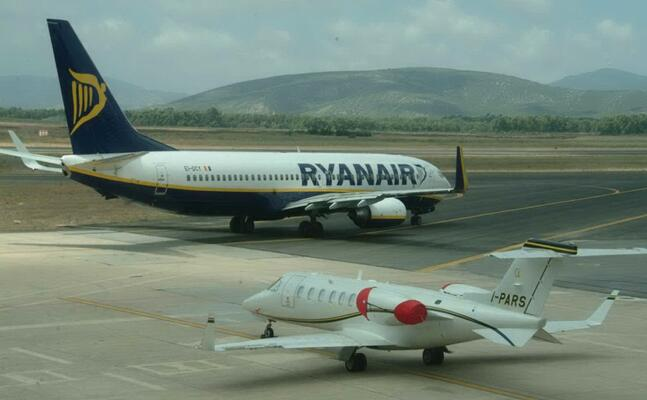 un aereo ryanair (archivio l unione sarda calvi)
