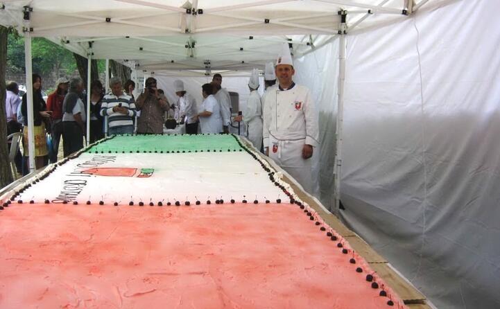una maxi torta