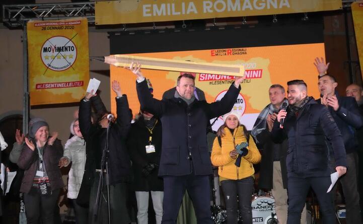 simone benini in emilia romagna con i 5stelle (epa zanotti)
