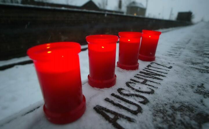 una celebrazione in memoria delle vittime della shoah