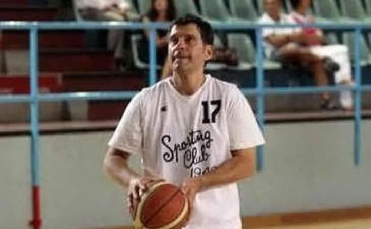 qui si cimenta nel basket