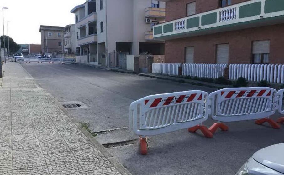 le transenne in via brunelleschi (foto m pala)