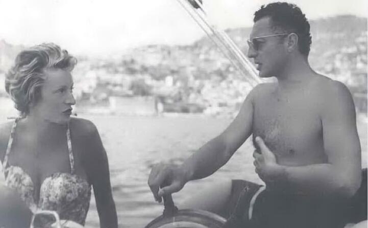 nel 1953 sposa gianni agnelli