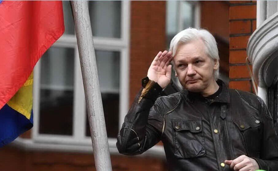 julian assange (archivio l unione sarda)