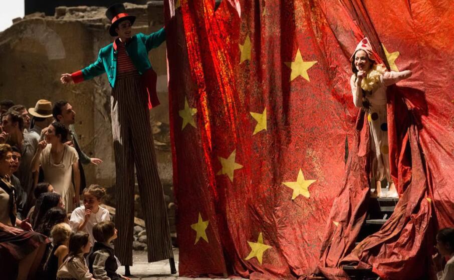 un immagine dallo spettacolo (foto teatro regio di torino)