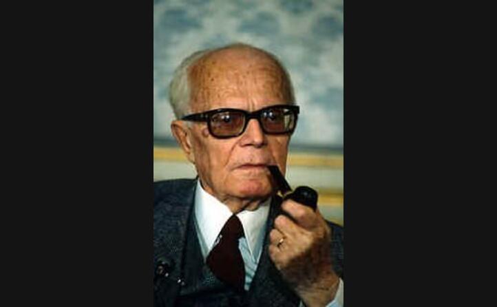 viene elettro presidente della repubblica l 8 luglio 1978