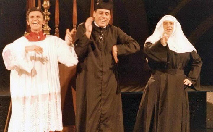 gli esordi al teatro derby di milano