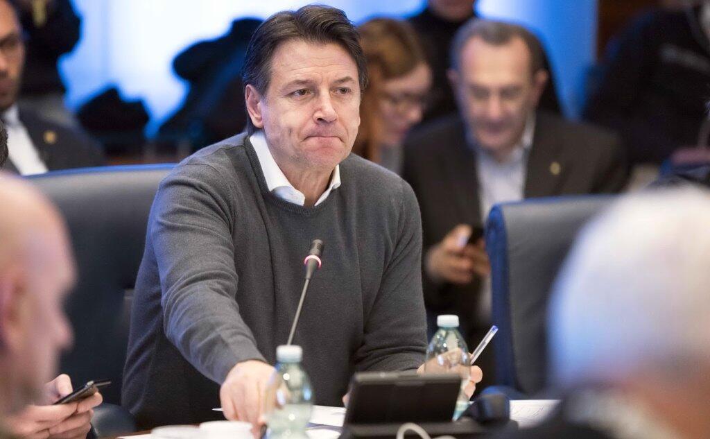 """Caso Coronavirus, Giuseppe Conte: """"con i governatori concorderemo le prossime azioni per arginare il coronavirus"""""""