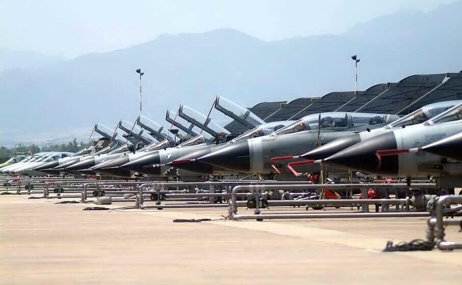 la base militare aeronautica di decimomannu (archivio us)