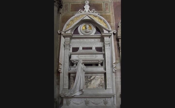il sepolcro dove riposa in santa croce a firenze