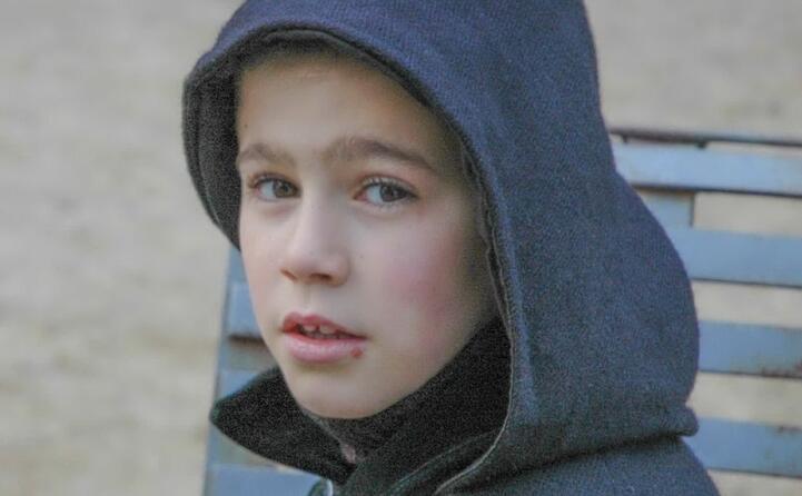 un ragazzo nel gruppo del thurpos di orotelli (foto francesco pintore)