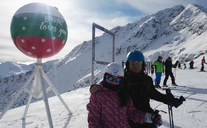 due desulesi sulle piste da sci di bansko bulgaria