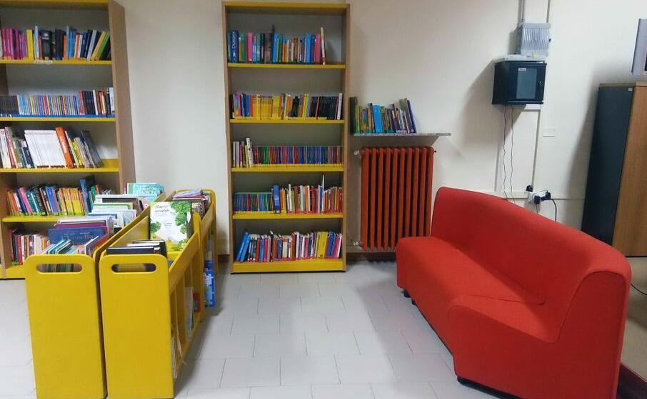 la biblioteca di baressa (foto a pintori)