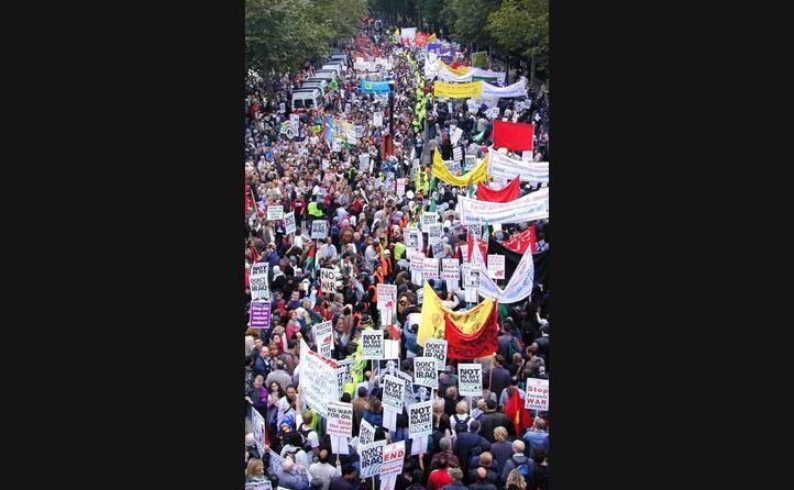 a londra una manifestazione contro la guerra (foto wikipedia)
