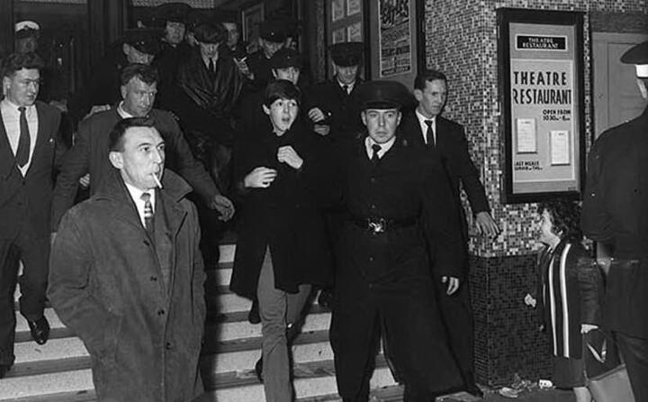 nel 1963 i fab four iniziano un lungo tour (foto wikipedia)