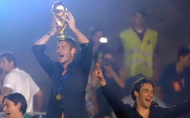 la festa a circo massimo dopo il mondiale vinto nel 2006