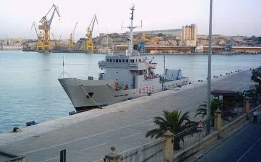 la nave caprera (foto marina)