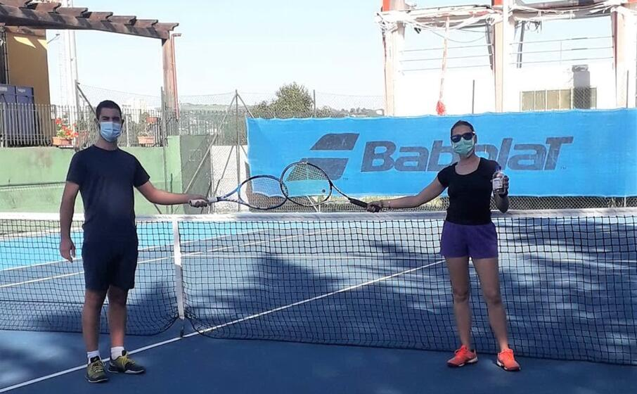 due tennisti dell accademia sassarese (foto concessa)