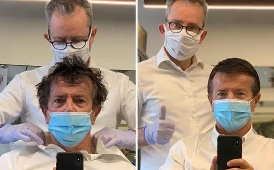 il sindaco di bergamo giorgio gori dal barbiere (foto instagram)