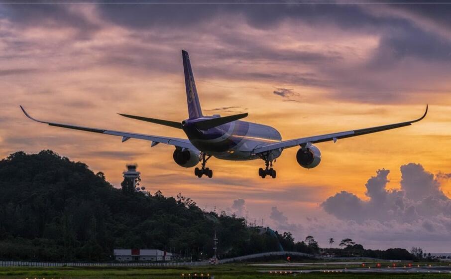 un volo della thai arways (foto sacton twitter)