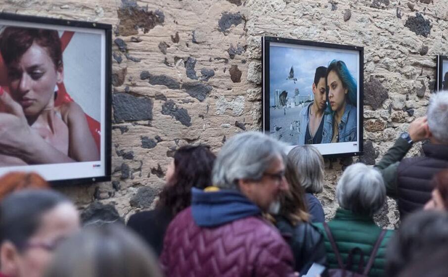 una mostra all aperto durante il festival bifoto (l unione sarda pintore)