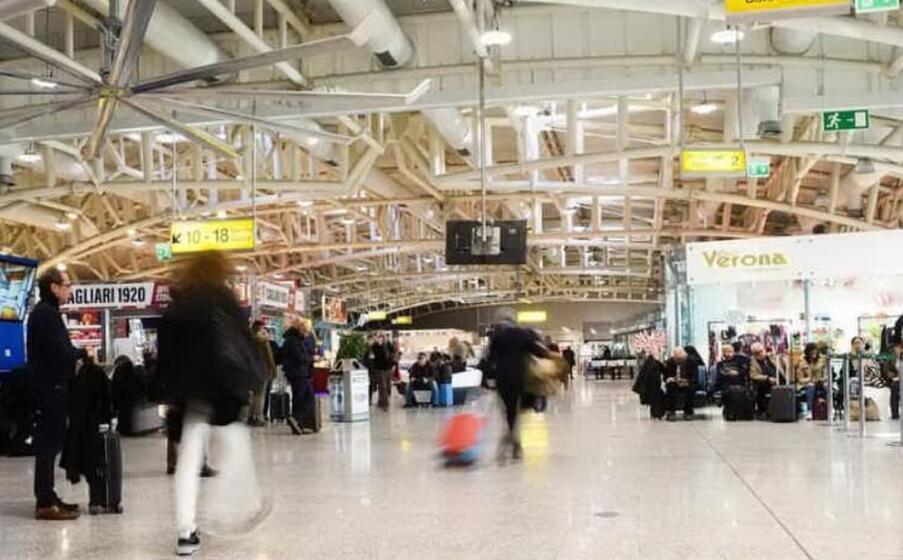l aeroporto di cagliari (archivio l unione sarda)