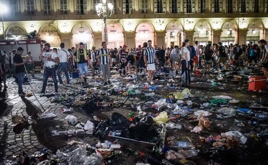 accaddeoggi 3 giugno 2017 il disastro di piazza san carlo