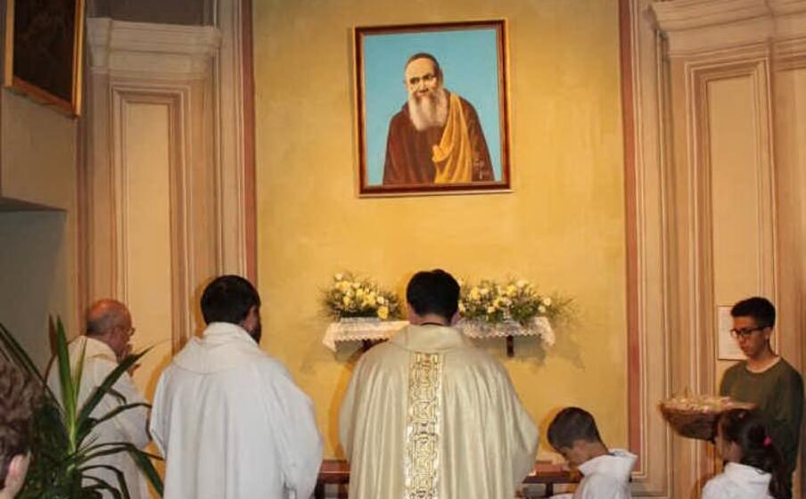 la chiesa parrocchiale di santa maria assunta (foto circolo su nuraghe )