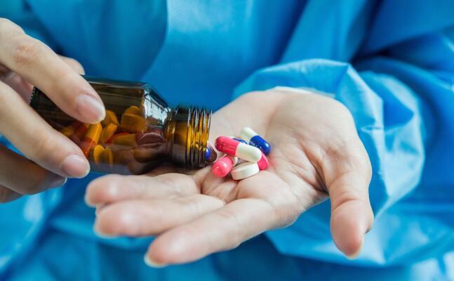 farmaci (foto simbolo archivio u s )