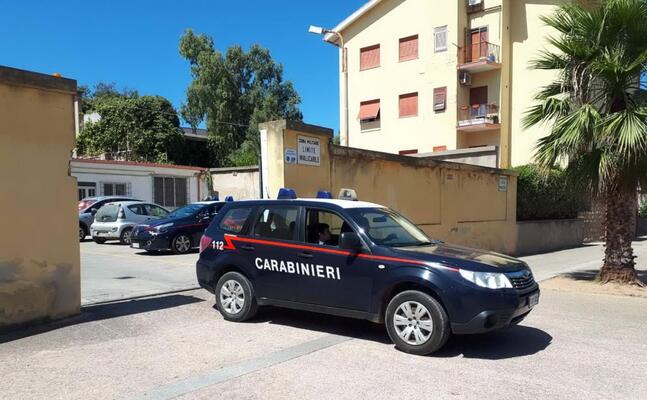 la caserma dei carabinieri di carbonia (foto scano)