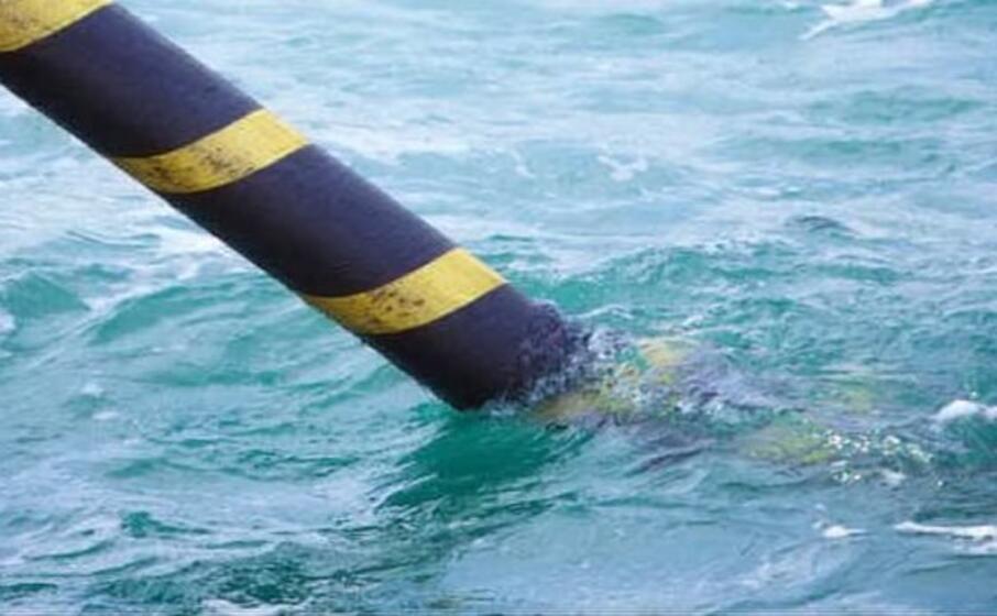 cavo sottomarino per l elettricit (archivio l unione sarda)