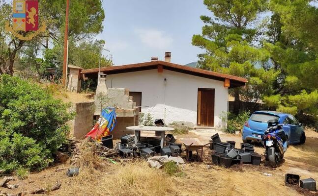 la casa adibita a serra (foto questura)