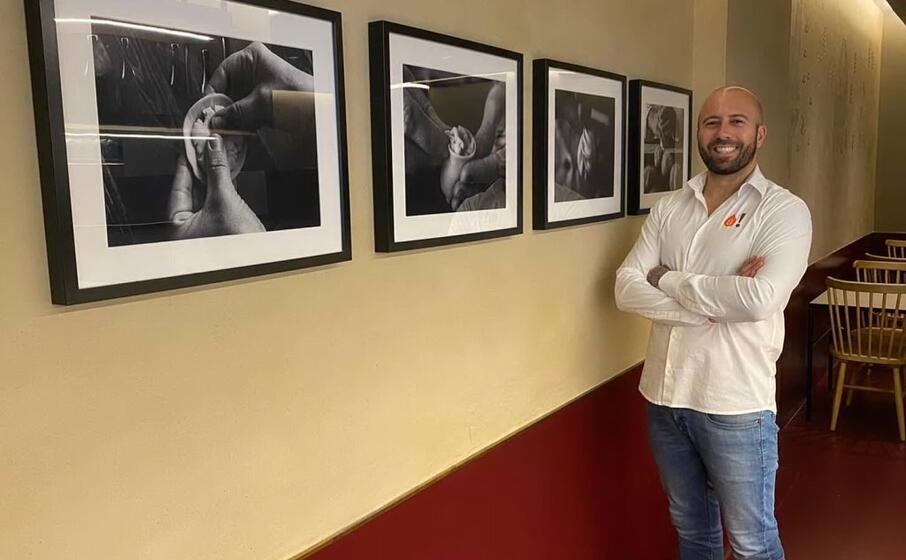 antonello rais nel suo nuovo locale milanese (foto concessa)